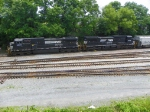 Norfolk Southern 8928 and 8394
