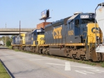 CSXT 8352 and the rest of the locomotives on CSX A761