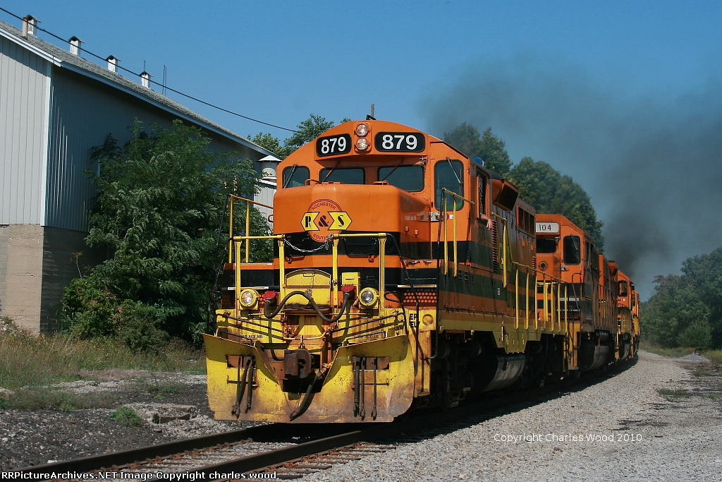 RSR GW-1 with a GP9 leading