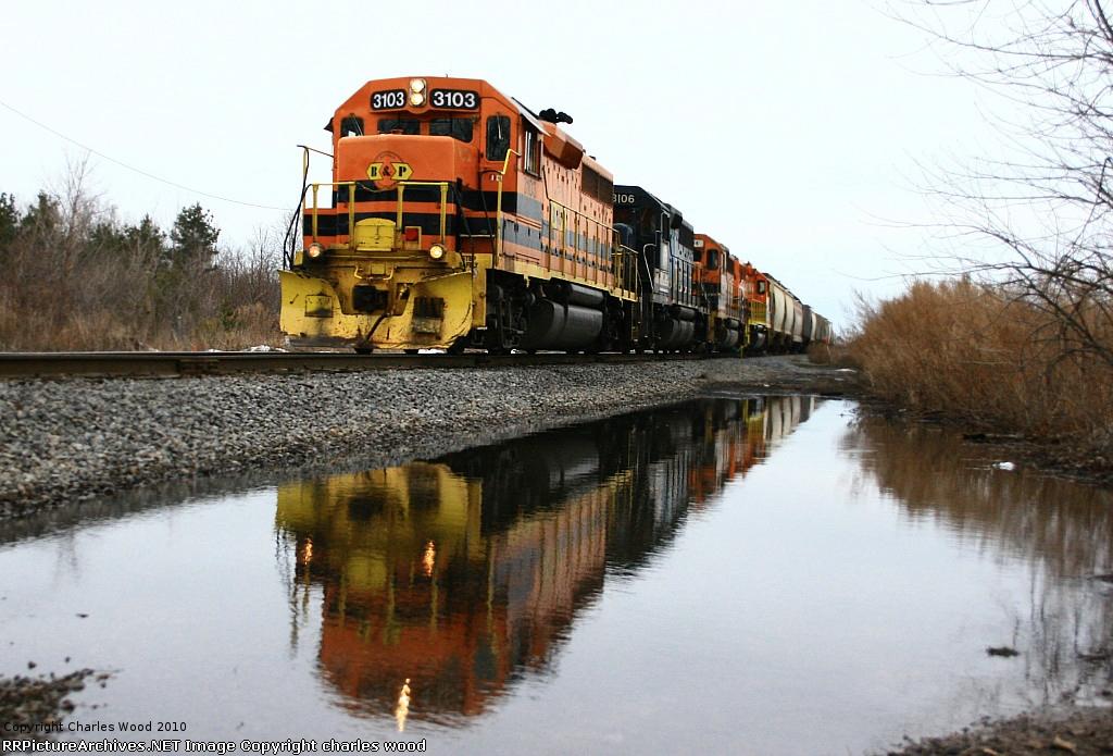 R&S RS-1 preparing their train for the SB run