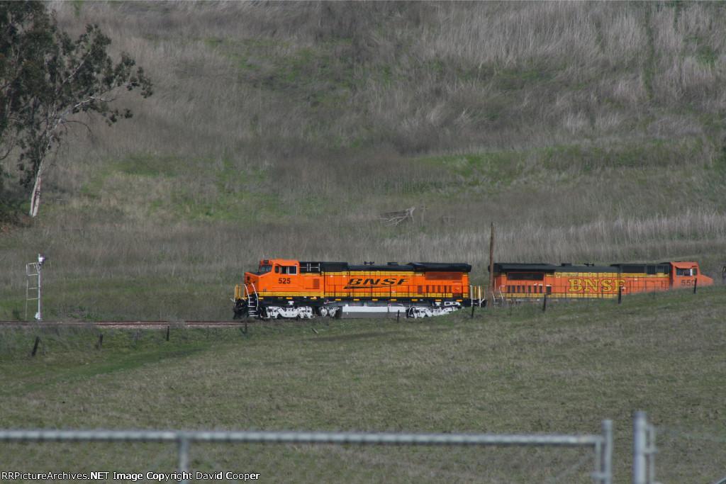 BNSF 525 & BNSF 550