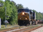 CSXT 5272 with a VERY short Intermodal