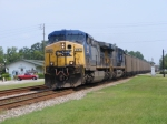CSXT 253 Leads a Southbound Florida Coal Train through Town