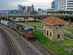 CSX Q619 passing the Spring St. tower