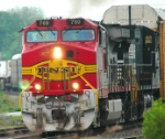Yet another shot of 212 with a Warbonnet leader