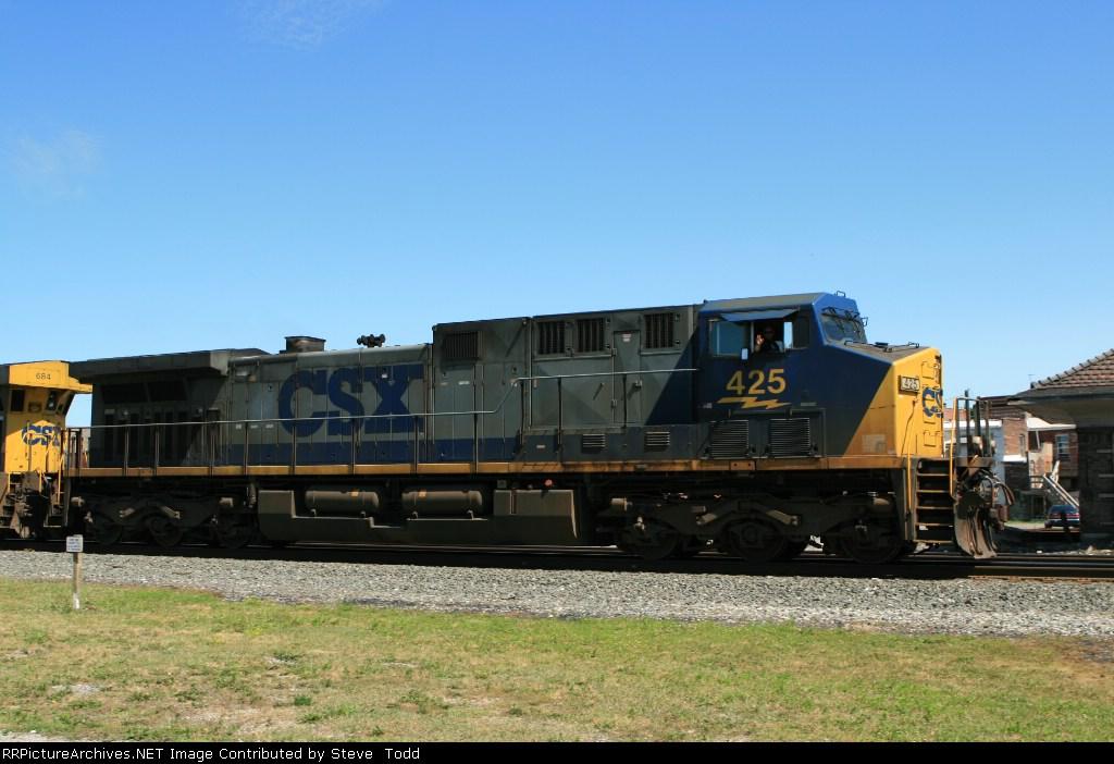CSX 425
