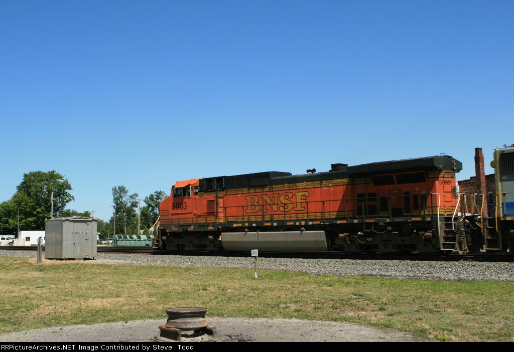 BNSF 5003
