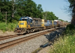 CSX 8806 leading Q277