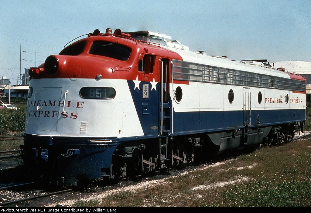 UP 951 Bicentennial Preamble Express