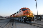 The Z-CHI-PTL stops for a crew change led by BNSF 6621 Brand new ES44C4