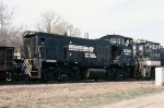 Norfolk Southern MP15 #2391 leading a cut of cars from downtown Birmingham heading into Norris Yard