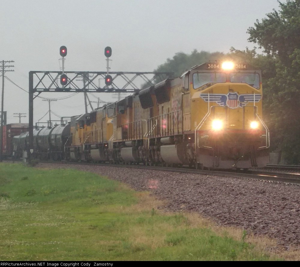 UP 3884 East