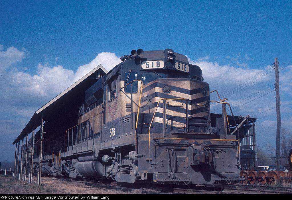 GM&O Train 33 at Rebel Shed, Canal Yard