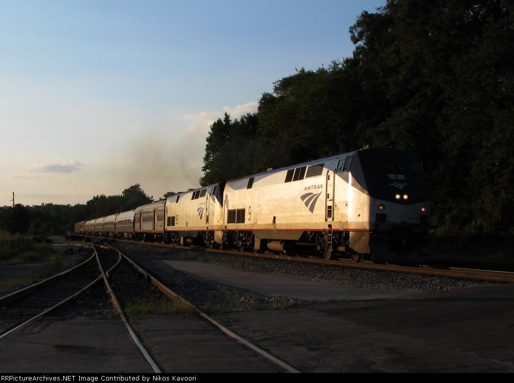 Amtrak 20, the northbound crescent roars through Bolton in the last light of day
