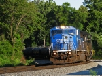 Rare ex-Conrail leader rolling around the curve at Bolton