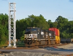 NS 8981 passing the new signal tower