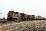 UP 5824, northbound UP grain train GSNDRR