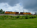 BNSF 4997 and 4652