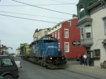 CSX B957 passes the fan club