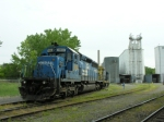 CSX 8834 in conrail paint switching the mill and i get to throw switches and take pictures