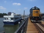CSX 2804 passes the yankee stadium boat dock on the Oak Point link