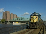 CSX B749 comes down the Oak Point link in the Bronx