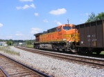 BNSF 5666 as DPU on NS 736