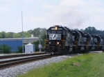 NS 965 pulls in with 11 EMDs!