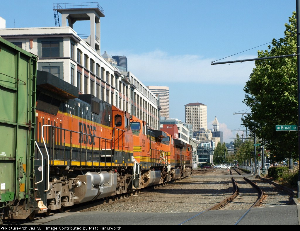 Big trains, big city