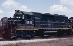 Seaboard System GP40 #6682, out of the group of 51 former Seaboard Air Line GP40's built in 1966 & 1967,