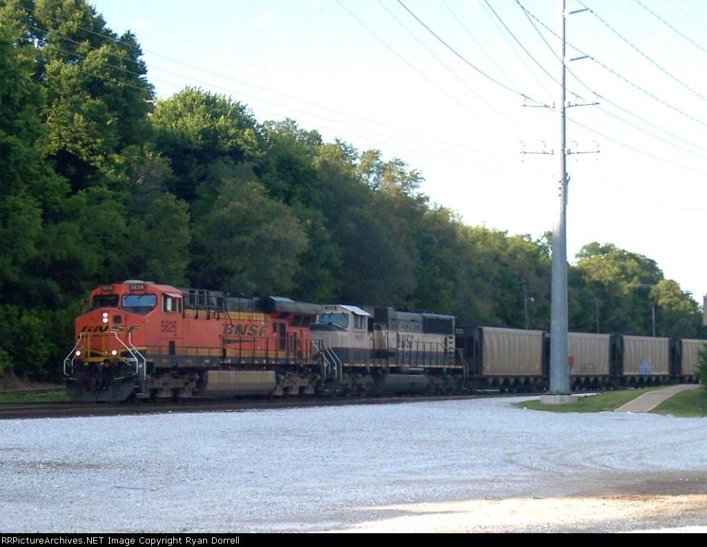 BNSF 5826