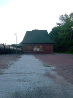 Keokuk depot looking awfully sad compared to what she used to look like a few years ago!