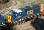 CSX 6962 on Q650