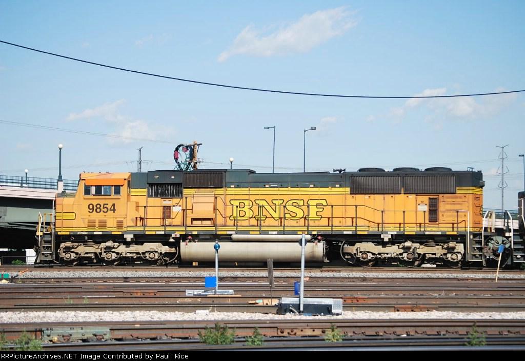 BNSF 9854
