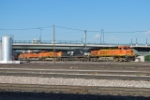 BNSF 5831, NS 8909 BNSF 6005/9196/8980/8866 Arrives Denver Yard