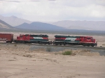 ES44AC and SD40-2 in the middle of the big desert