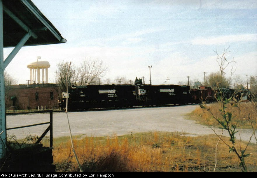 Norfolk Southern's and caboose.