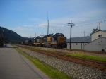 CSX H707-07 with caboose on the end