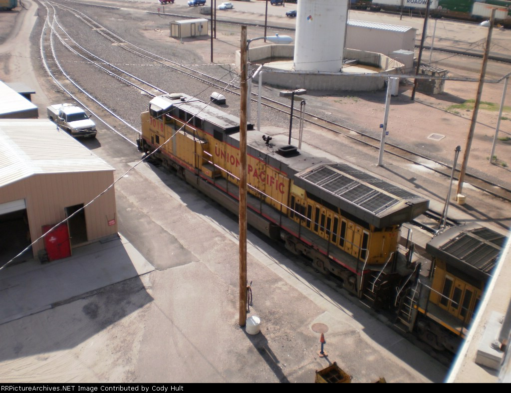 UP 7018 at fueling station
