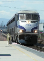 AMTK 457 breezes by with the Surfliner