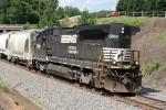 Hammerhead P83 w/NS 3536 leading