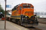 BNSF 2754 ON THE LEAD OF AMTRAK CASCADE TRN 500