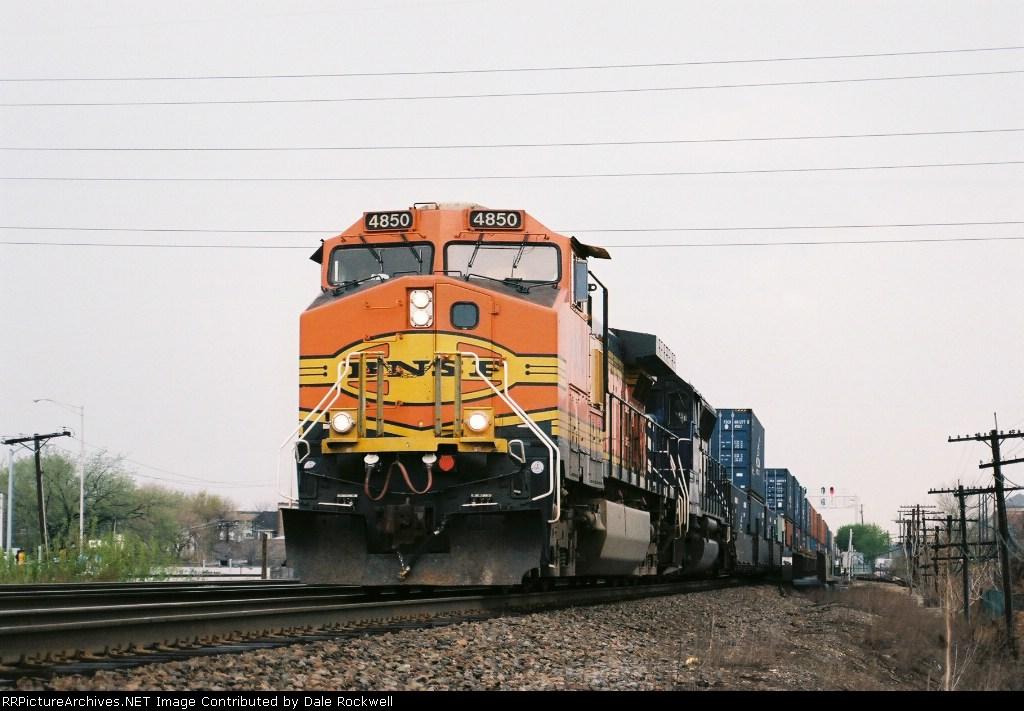 BNSF 4850
