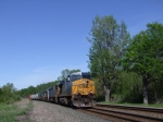 CSX 5304 leads a westbound