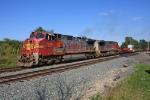 BNSF 670 on CSX Q389-05