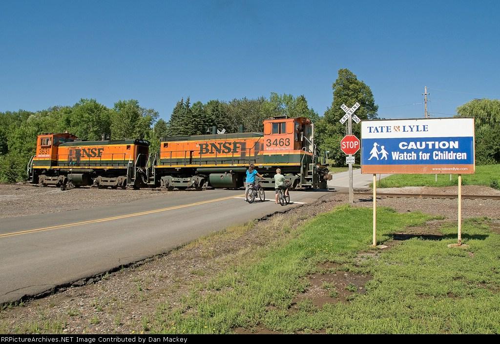 BNSF 3463