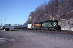 BNSF SD40-2s headed from St Paul MN to Chitown IL in Dec 2012.  Its on the east bound mainline passing Daytons Bluff.