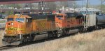 BNSF in notch 8 at NewPort MN headed to Chitown in April 2012.