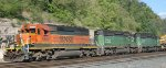 Flashback to 2007; BNSF freight passing St Paul Daytons Bluff.
