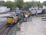 With two HLCX SD60's bracketing a Dash-9, 311 heads into the yard